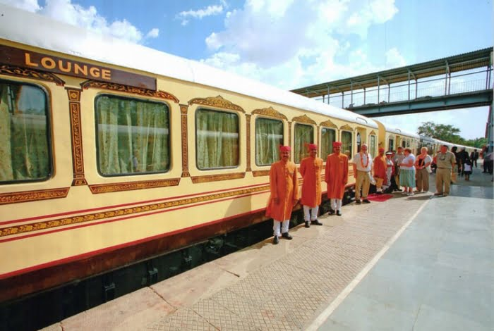 Ride In The Palace On Wheels