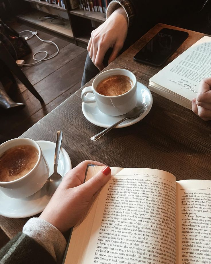 Coffee date with a book:
