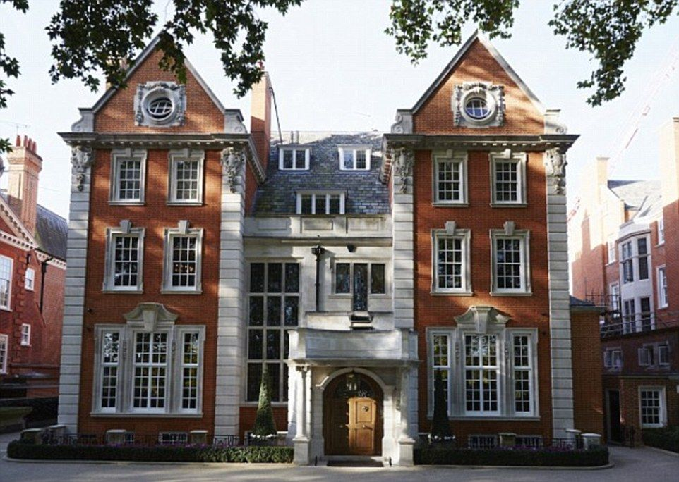 Kensington Palace Mansion