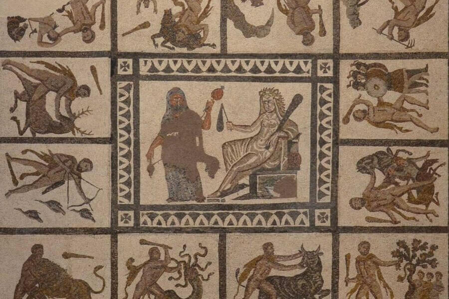 Heracles and the twelve labours- Greek mythology