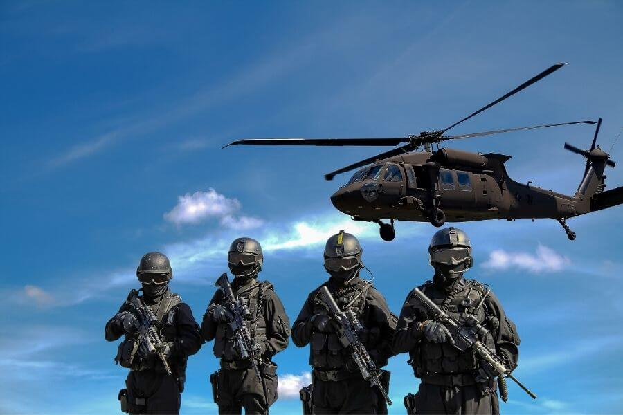 Military Pilots & Soldiers