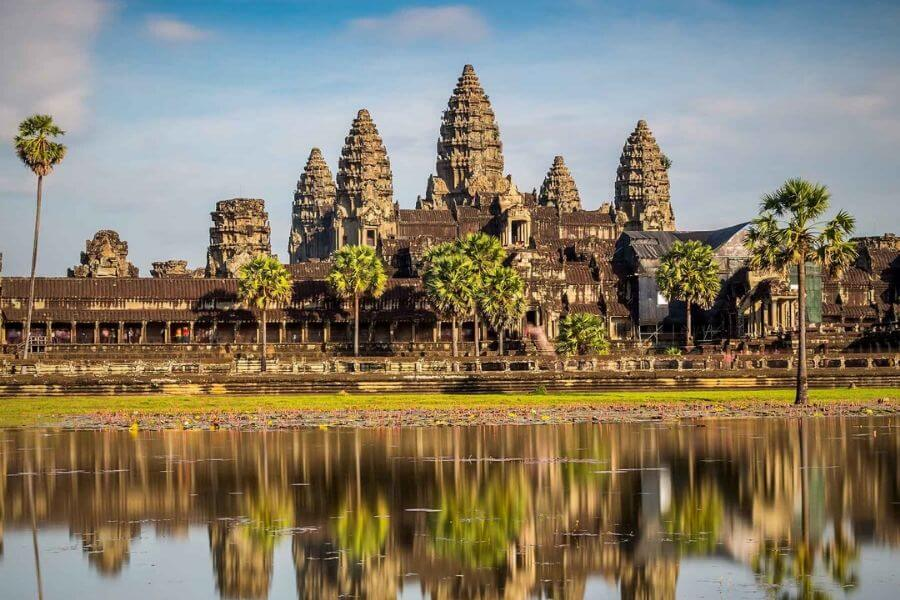 Top 15 largest Hindu temples of the World - Angkor Wat, Cambodia