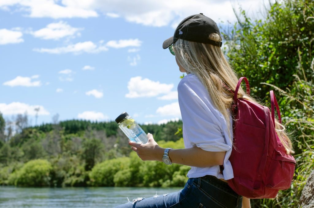 carry-water-bottle-while-travelling